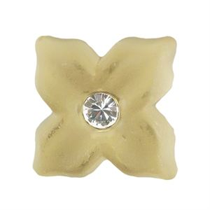 Picture of Golden Pearl Flower Charm