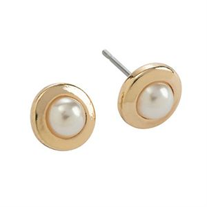Picture of Pearl Stud Gold